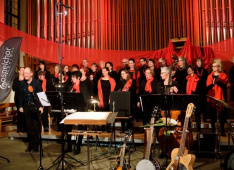 Gospelchor Thawil 2019<div class='url' style='display:none;'>/</div><div class='dom' style='display:none;'>kirche-thalwil.ch/</div><div class='aid' style='display:none;'>64</div><div class='bid' style='display:none;'>6284</div><div class='usr' style='display:none;'>16</div>